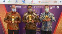 Wako Mahyeldi Ansharullah Raih Penghargaan Top BUMD 2020